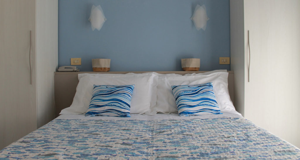 Camera | Appartamenti in Affitto a Finale Ligure | Appartamenti Ammobiliati ad Uso Turistico in Liguria | Ferienwohnungen in Finale Ligure